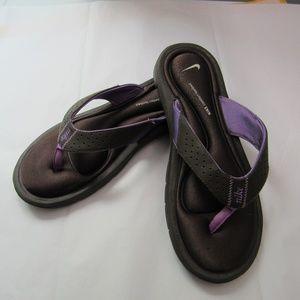 New Nike comfort footbed flip flops